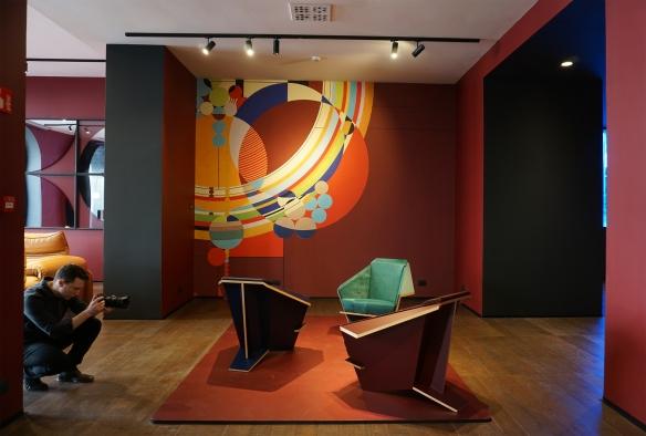 Foto 01 - Showroom Cassina Cores, cores, cores!