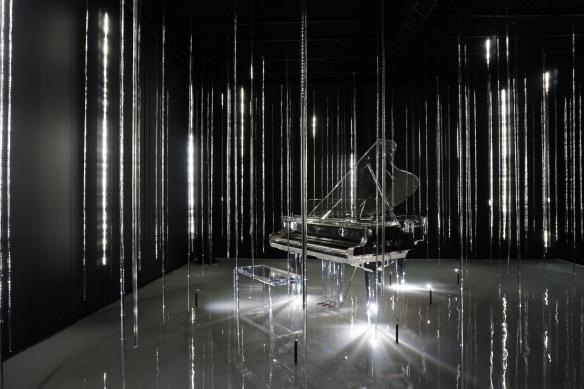 Foto 04 - Instalação Crystal Rain da empresa japonesa Kawai
