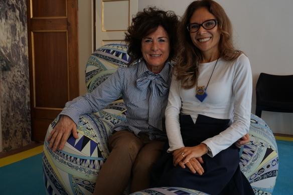 foto 10 - Eu e Ivana na poltrona Up de Gaetano Pesce